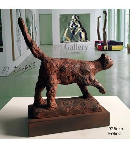 Sculpture Cat feline in rusty bronze