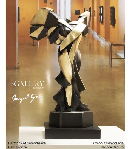 Sculpture Big Harmonie of Samothrace