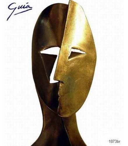 Sculpture Big Cubiste Mask in dark bronze