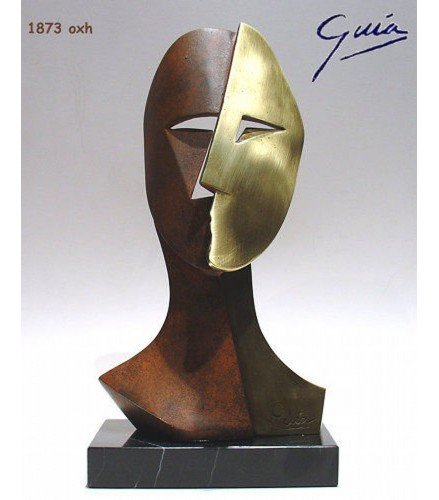 Sculpture Big Cubiste Mask in rusty bronze