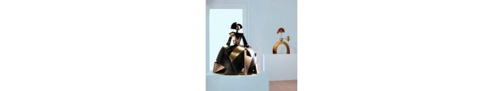 Buy Meninas sculpture in contemporary art gallery