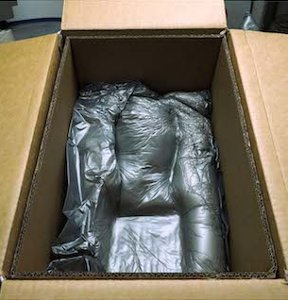 Packaging of a sculpture in the art gallery